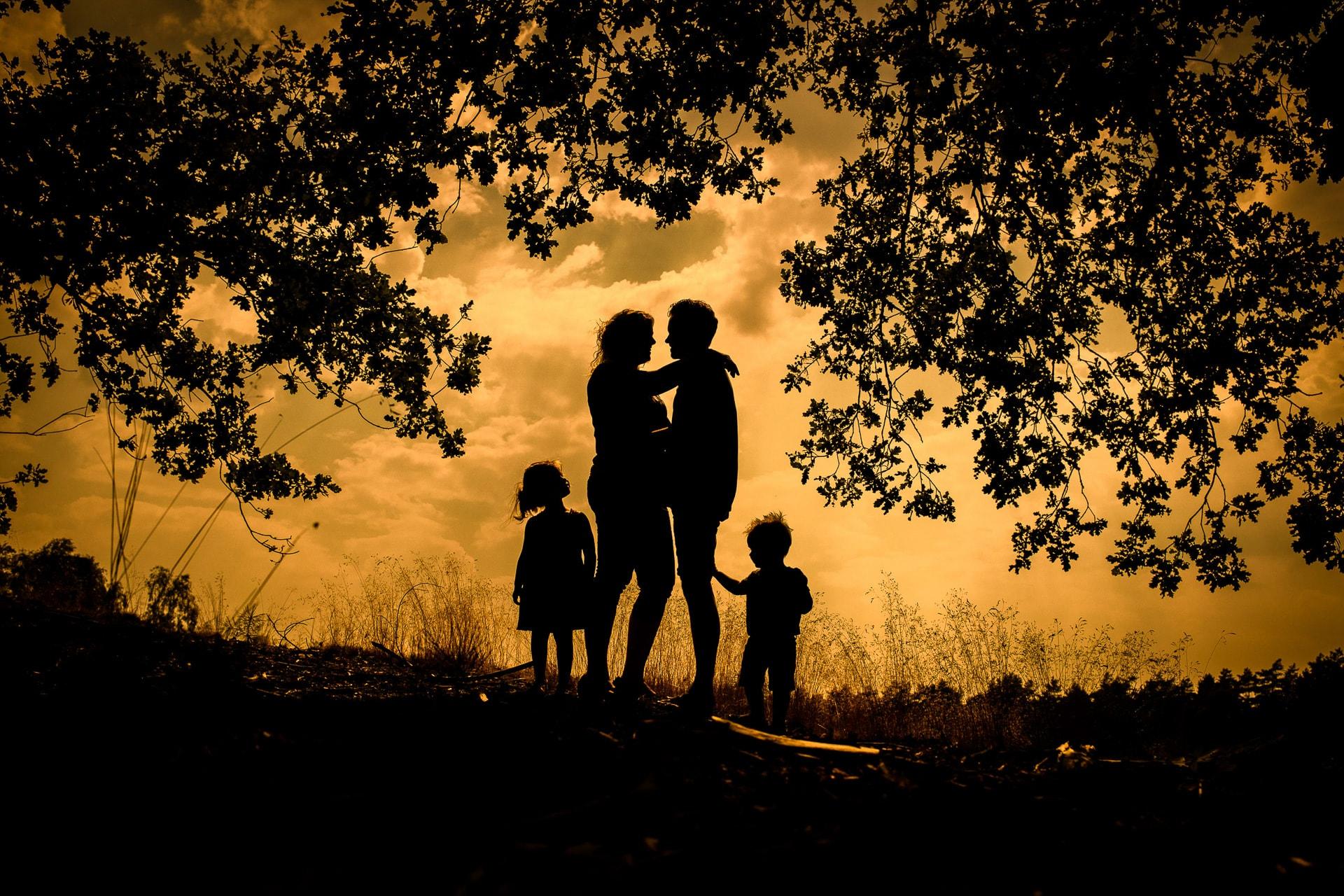 familiestoot zonsondergang
