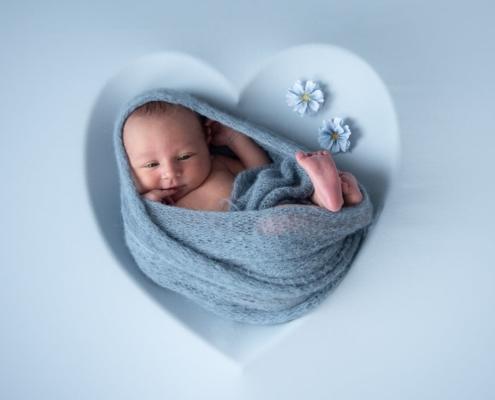 Valentijnsdag newbornshoot